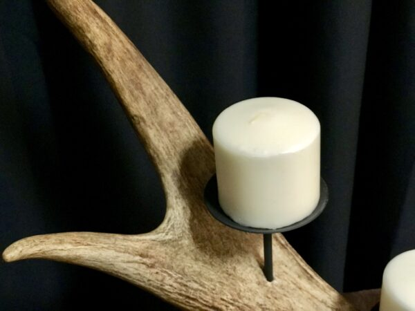 4 moose pillar candle holder
